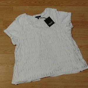 Simply Vera White Shirt, NWT, Lrg. Split wrap back